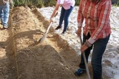 Preparación suelos huerto familiar